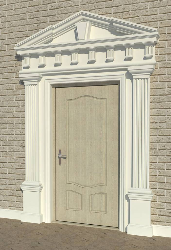 Conception austère de l'entrée principale de la maison aux motifs grecs