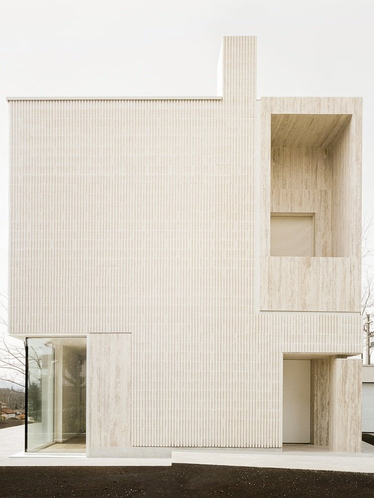 13+ Images of Beige Stone Facade Finish Combined with White Interior