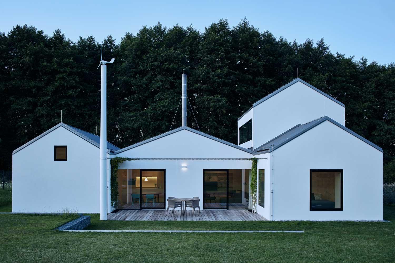 такие дома с двуспальной крышей фото про материнство