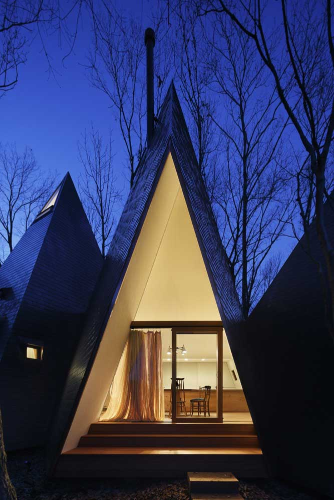 Toit Pyramidal de la Maison