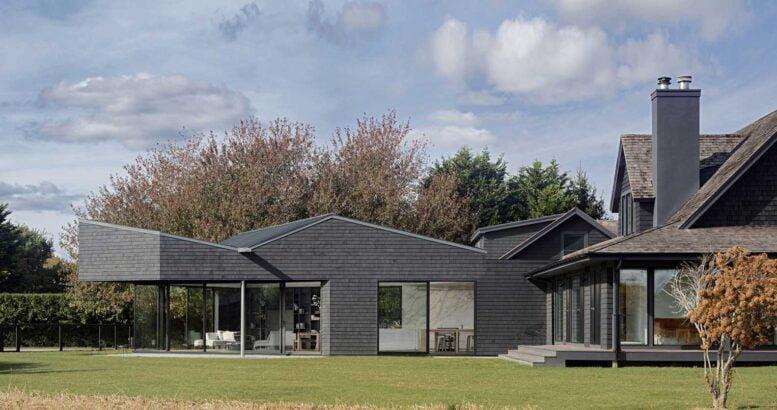 vue générale du toit en pente d'une maison privée