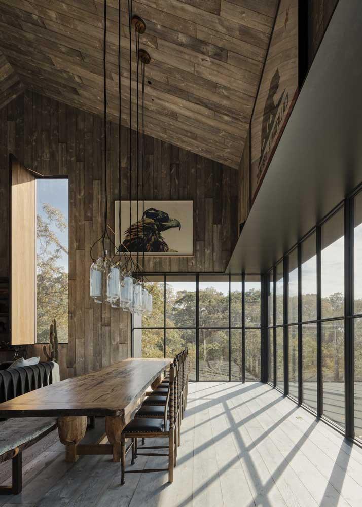 maison avec plafond haut